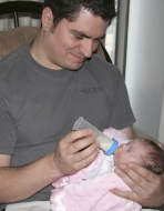 Preemie dad feeding